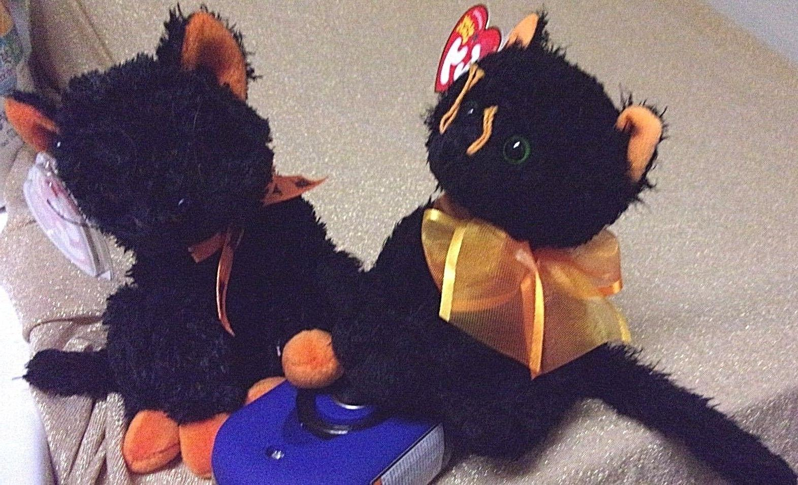 beanie babies moonlight and fraidy black cats