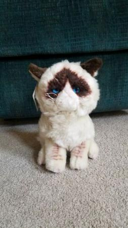 "NWT Gund Original 9"" Grumpy Cat Plush Stuffed Animal Toy"