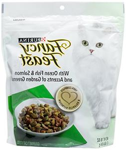 Fancy Feast Purina With Ocean Fish & Salmon and Accents of G